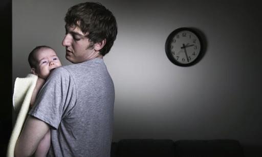 Sau khi sinh con, cha mẹ sẽ phải đối mặt với 6 năm ngủ không ngon giấc