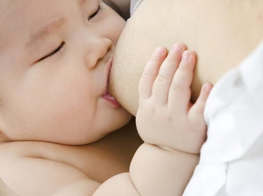 Tám điều kì diệu xảy ra trong não bộ khi mẹ cho con bú