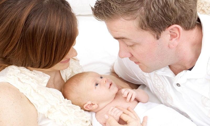 Bỏ-túi-cách-trò-chuyện-với-thai-nhi-giúp-bé-thông-minh-từ-trong-bụng-mẹ-bluecare