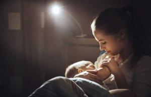 Người mẹ quan trọng như thế nào với trẻ, đặc biệt là trẻ sơ sinh?