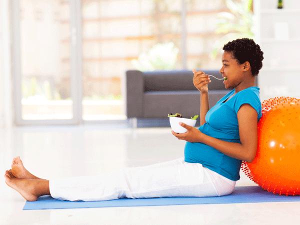 Thực đơn cho bà bầu vào con không vào mẹ: Mi-nhon từ khi mang thai